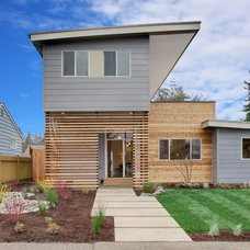 Contemporary Exterior by Seattle Staged to Sell and Design LLC