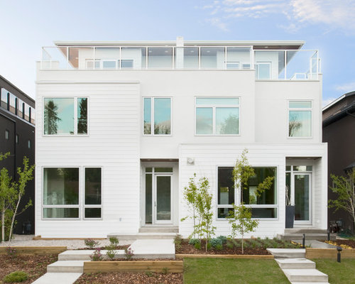 Square house houzz for Calculate square footage of house exterior