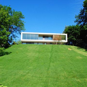 Modern Lake Home