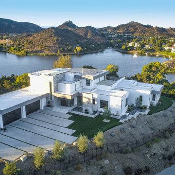Modern Lakeview