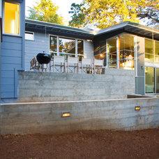 Modern Exterior by Allwood Construction Inc