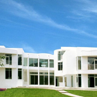 Minimalist exterior home photo in Atlanta