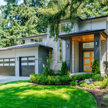 Modern Luxury in Lake Hills