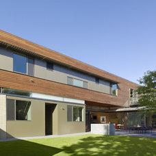 Modern Exterior Modern Patio