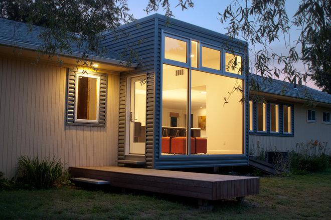 The bay window goes modern for Modern bay window