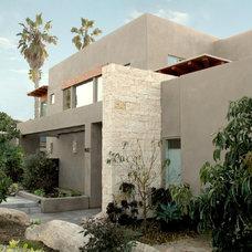 Modern Exterior by Steigerwald-Dougherty, Inc.