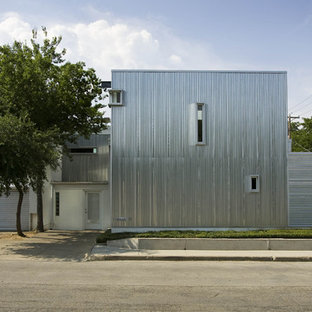 Inredning av ett industriellt hus, med metallfasad