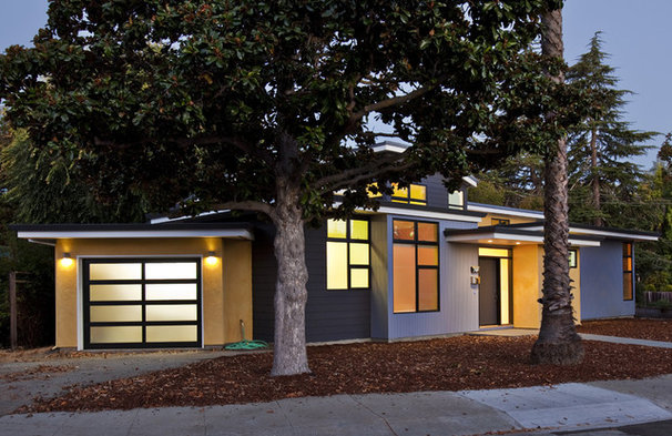 Contemporary Exterior by Noel Cross+Architects