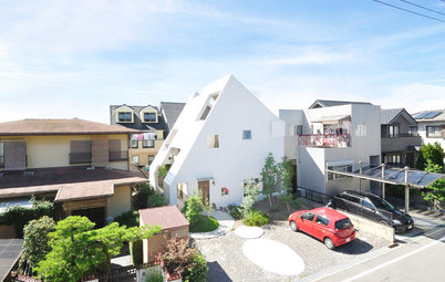 Houzz Tour: Modern 'White Mountain House' in Japan