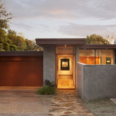 modern exterior by Allen Construction