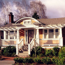 Craftsman Exterior by Bosworth Hoedemaker