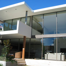 Modern Exterior by Look Design Group P/L