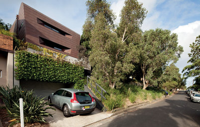 Sculptural Modern Homes Throw Architecture Some Curves