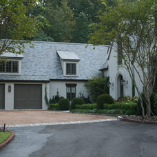 Traditional Exterior by Troy Rhone Garden Design