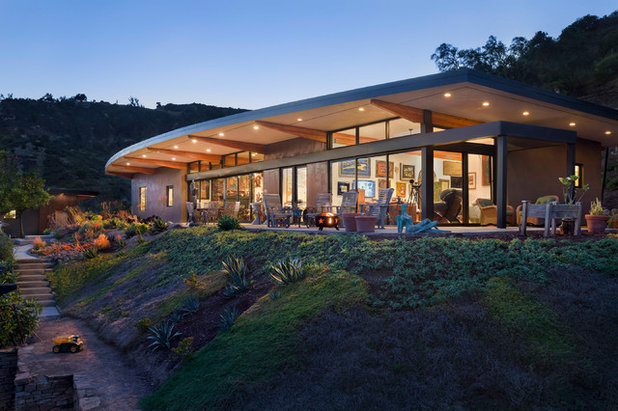 Contemporary Exterior by Blackbird Architects