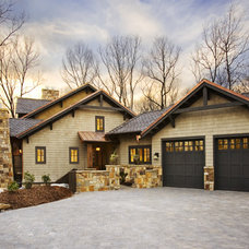 Traditional  by Johnston Design Group