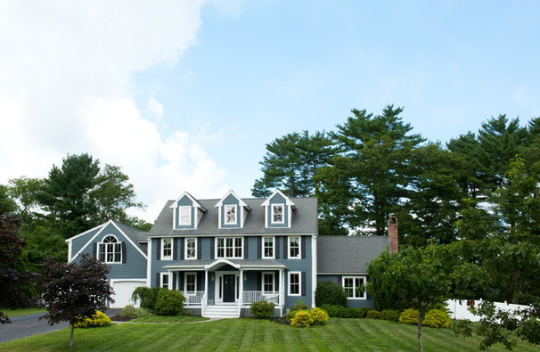 Traditional Exterior by Mary Prince Photography