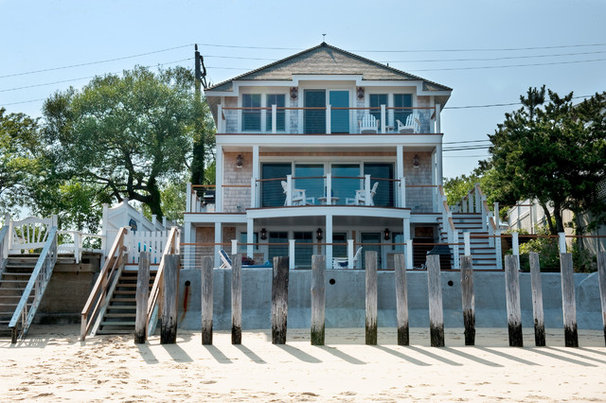 Beach Style Exterior by Mary Prince Photography