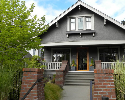 Gray house white trim home design ideas pictures remodel for Craftsman gable