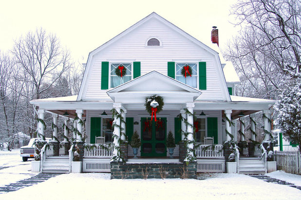 Traditional Exterior My Houzz: Traditional Christmas Charm in a New York Farmhouse