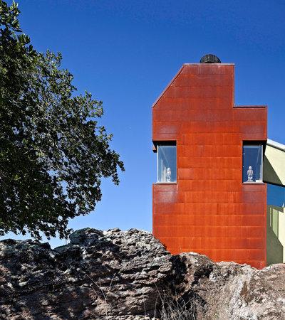 Industrielt Hus & facade by WA Design Architects