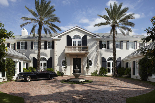 Traditional Exterior by BCB Homes, Inc.