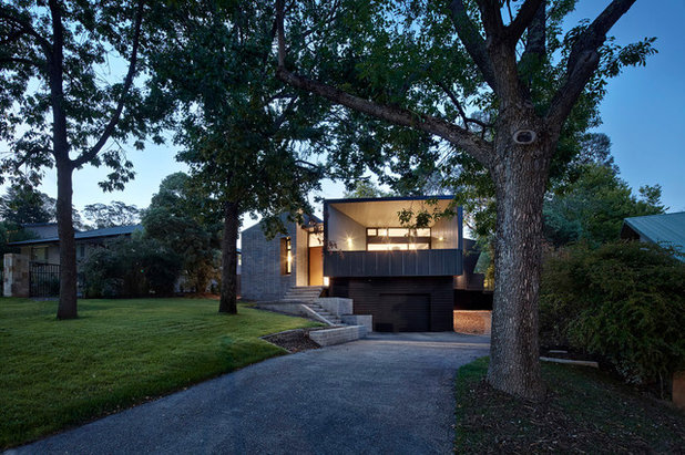 Contemporary Exterior by Adam Dettrick Architects