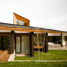 Modern Exterior by Michael Goorevich, Architect