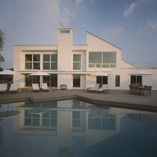 Contemporary Exterior by Bruce D. Nagel Architect