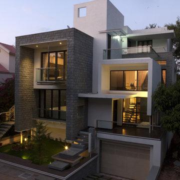 Nested Box House