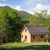 Houzz Tour: 10 Acres, 3 Generations and Many Animals in North Carolina