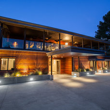 Contemporary Exterior by Nagual Design & Construction