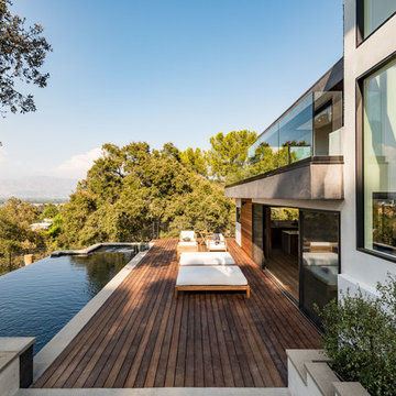 New Build Contemporary Estate in the Hollywood Hills.