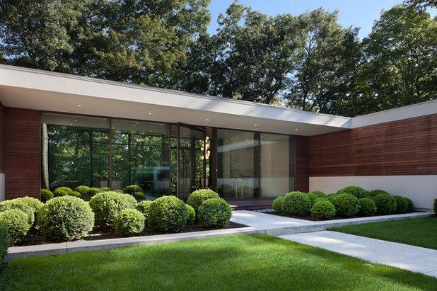 Modern Exterior by Specht Architects