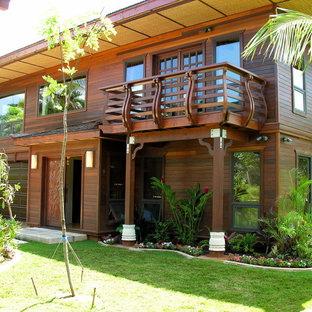 Inspiration for a zen exterior home remodel in Hawaii