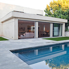 Contemporary Exterior by Lawrence Woodcraft Architect