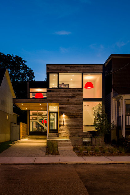 modern exterior by Christopher Simmonds Architect