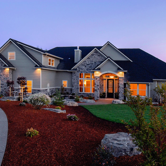 Stayton High-End Custom Home