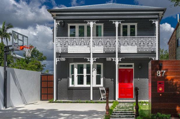 Victorian Exterior by Corella Construction