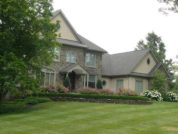 Traditional Exterior by Garrett Churchill Inc.