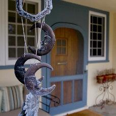 Eclectic Exterior by Debra Kling Colour Consultant
