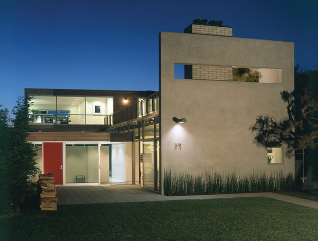 Modern Exterior by Paul Davis Architects