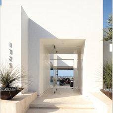 Contemporary Exterior by Magni Design