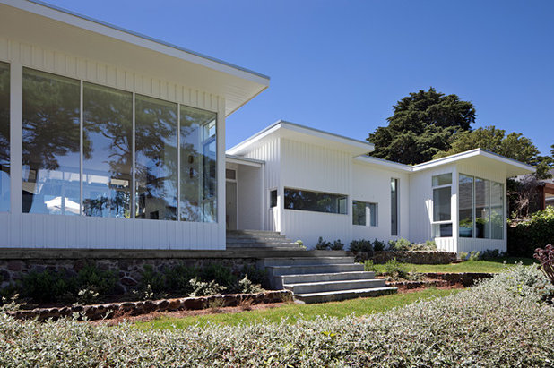 Contemporary Exterior by Hindley & Co