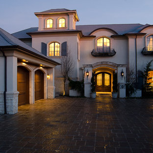 Tuscan exterior home photo in Oklahoma City