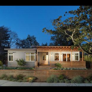 Minimalist exterior home photo in San Francisco