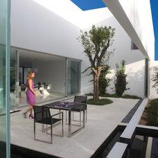 Modern Exterior by Royal Botania
