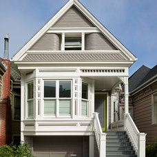 Traditional Exterior by Feldman Architecture, Inc.