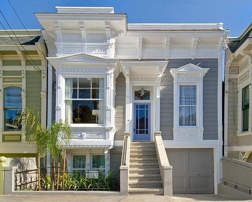 White exterior trim ideas pictures remodel and decor - Refection de facade maison ...
