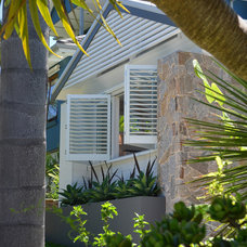 Tropical Exterior by Michelle Walker architects